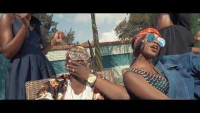 Photo of VIDEO: Mwana Wakwitu Ft. Khlassiq – Hold You Down
